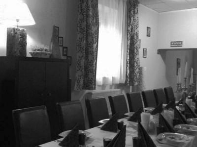 sala długi stół